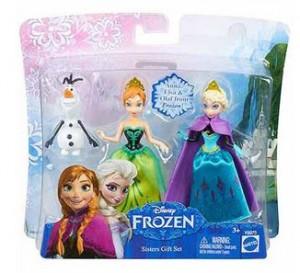 这个可爱的冰雪奇缘迷你娃娃姐妹套装,她们的身高大约是12cm高喔!